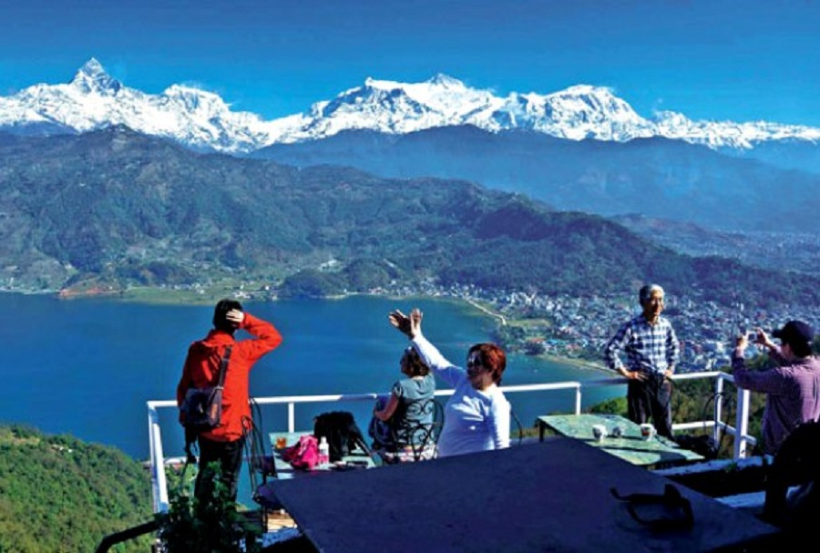 Tourists in pokhara mciwlq2su7