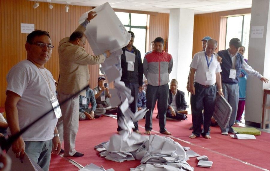 कैलालीका २ स्थानीय तहबाहेक कन्चनपुर र डडेल्धुरामा मतगणना सुरु