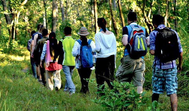 सौराहाको पर्यटन विकासका लागि जनप्रतिनिधिको प्रतिबद्धता