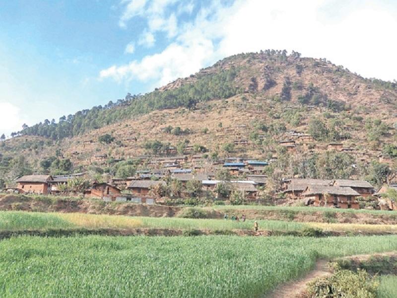 रुकुमको दुर्गम गाउँमा अज्ञात रोगका कारण २ सय बढी बिरामी